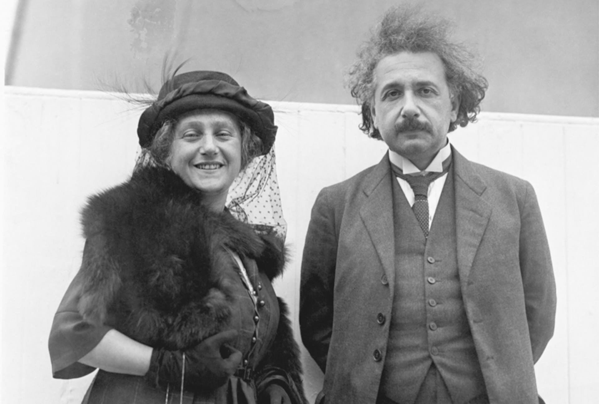 Einstein in the Holy Land (Einstein be'eretz hakodesh)